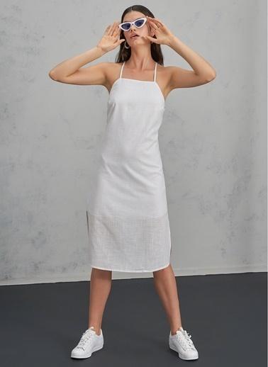 Pi π Yırtmaç Detaylı Elbise Beyaz